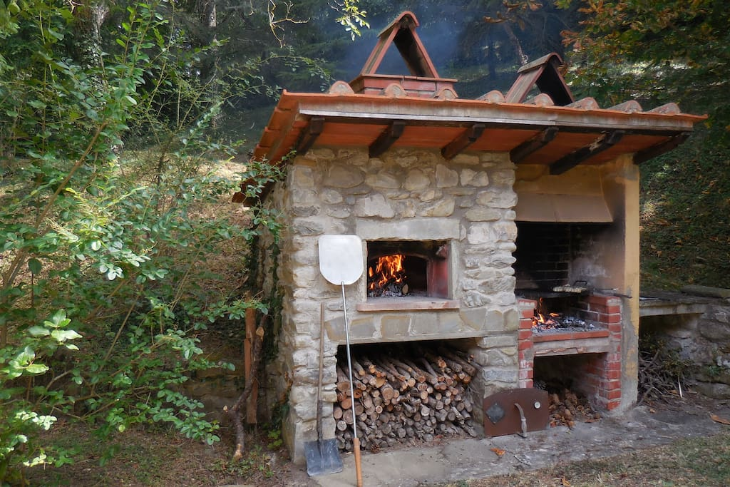 the wood oven and bbq