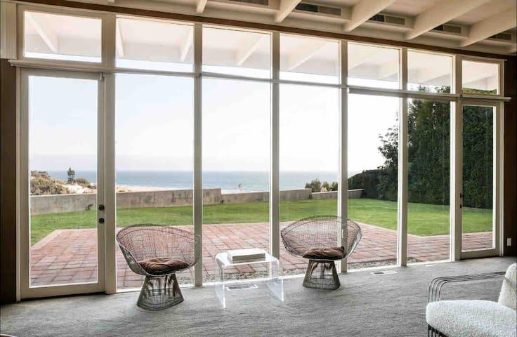 Breathtaking Ocean Front View Designer Beach House