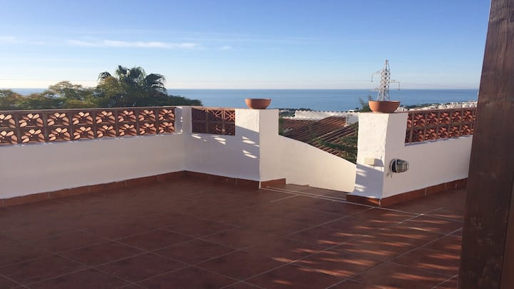 Amazing views from 3 terraces Nerja