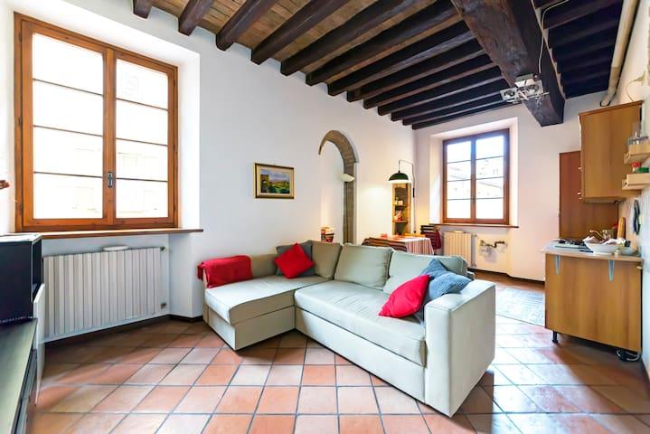 La casa en el callejón - Parma - Departamento