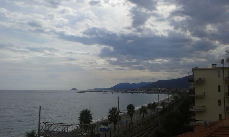 appartamento davanti alla spiaggia