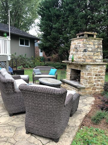 Brookhaven beauty, 1 queen bed, close to hospitals