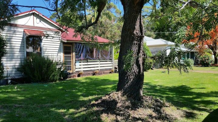PipinnVale Cottage B&B - JarrahRoom