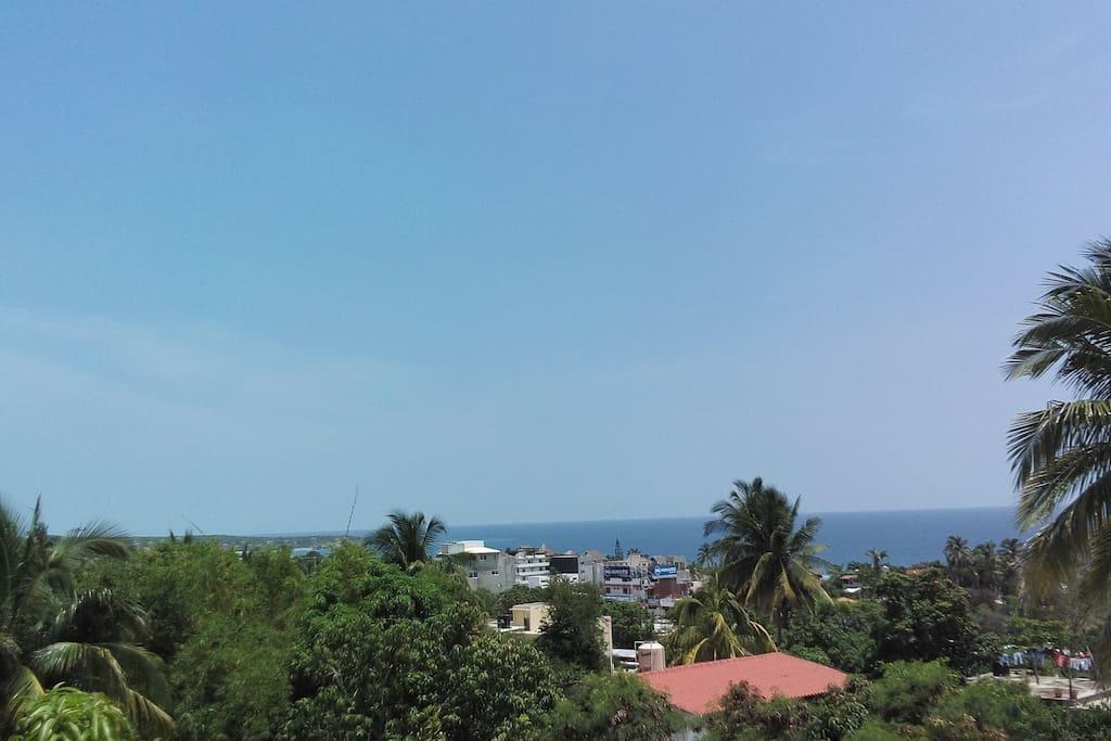 We have excellent ocean view. Meditation and relaxing spaces. Come now! and Live this experience.  Contamos con exelente vista al mar. Espasios de meditacion y relajacion. Ven Ya!  y Vive esta experiencia.