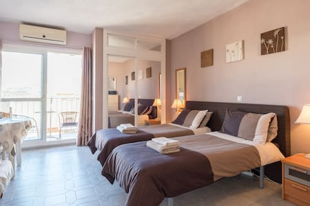Suite studio for dream holidays:) - Benalmádena - Apartamento