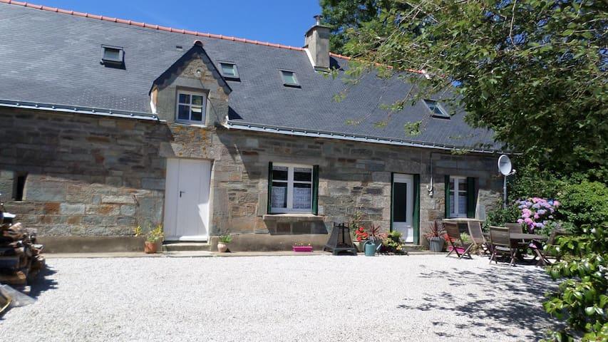 Boduic House - Cléguérec - Huis