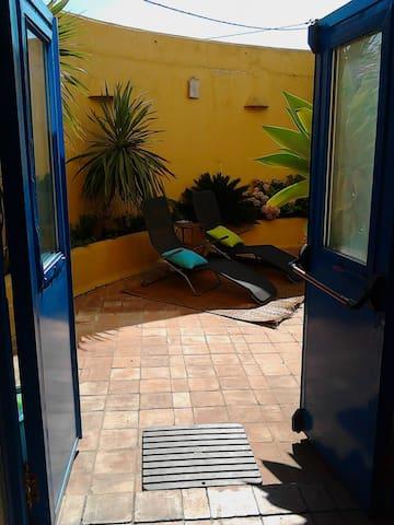 Casa Inteira (Open space), Vila Nova de Milfontes