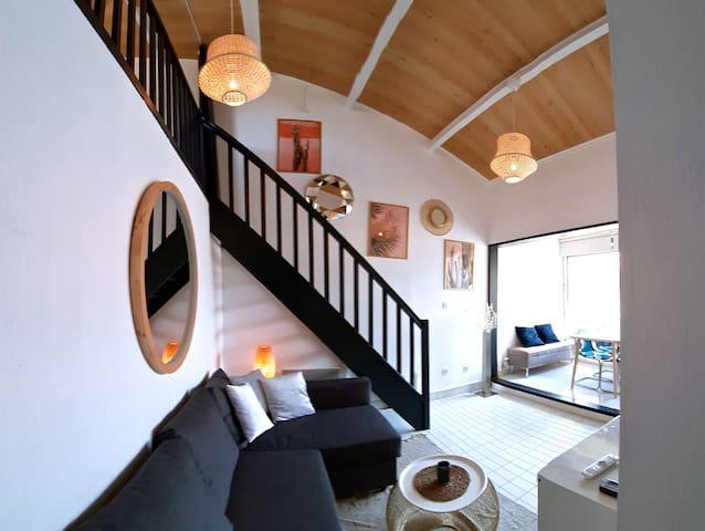 Moderne cosy apt/flat - 100m de la plage/beach