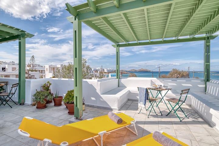 May Lola Beach Apartment Naousa