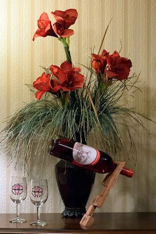 Complimentary Valentines Day Wine