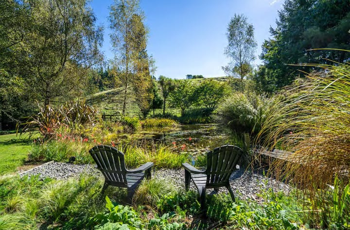 Bellbird Ridge Cottage (10 mins from Taupo)
