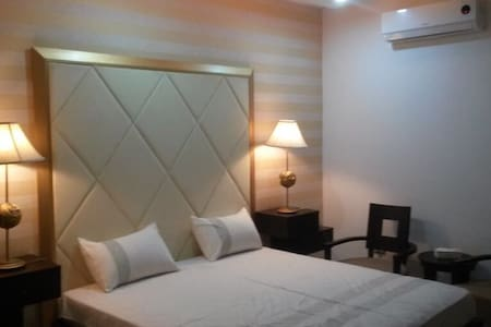 One bed furnished flat