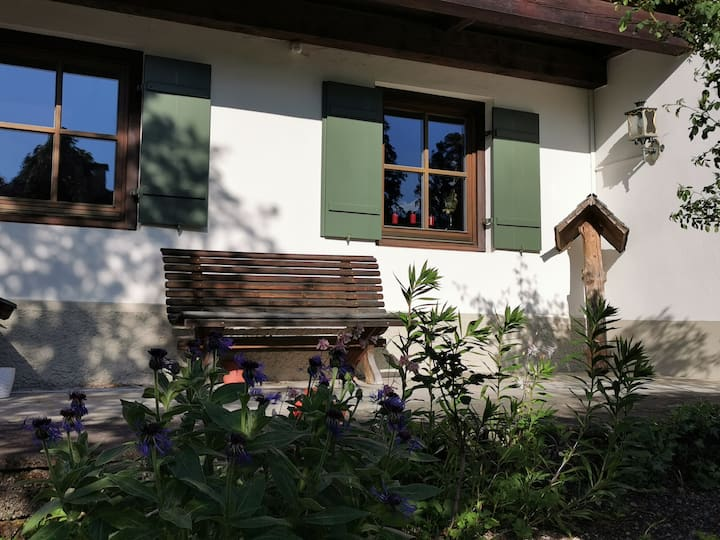 Lovely house above Partenkirchen