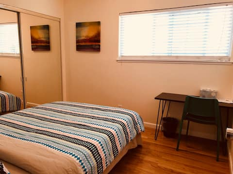 Silicon Valley San Jose  #4 bedroom queen size bed