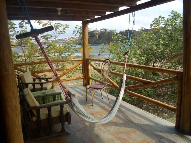 Habitación en Portete, cama queen size, Sangara