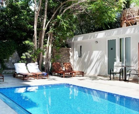 Apartment for 2 in the Heart of Rhodes Hotel