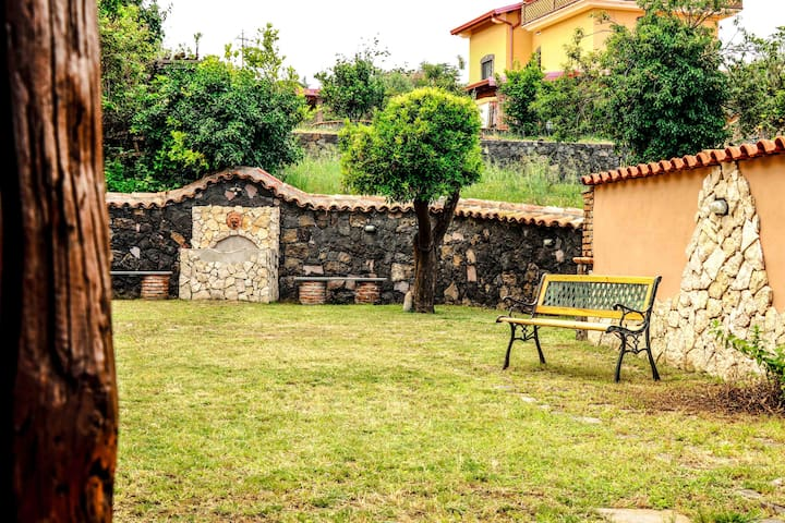 Casa stella is a charming house with sea view located between Etna and the Sea.