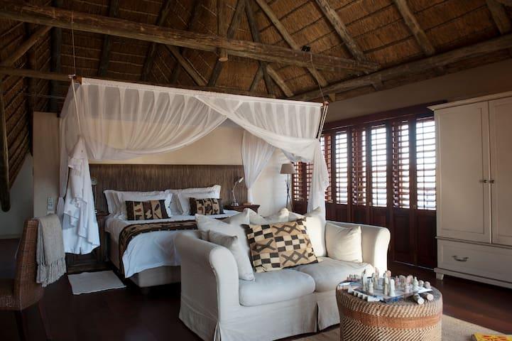 Upstairs Suites at Tutwa Desert Lodge