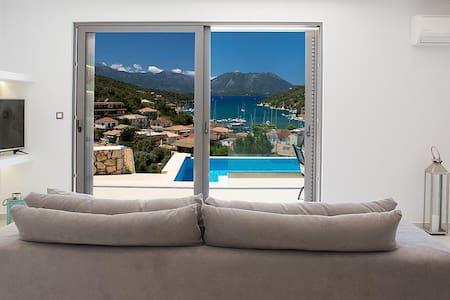 Meganisi Sunset Luxury Villas - Villa Erato - Vathy - Casa