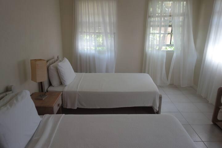 third bedroom, with en-suite, wardrobe/drawers