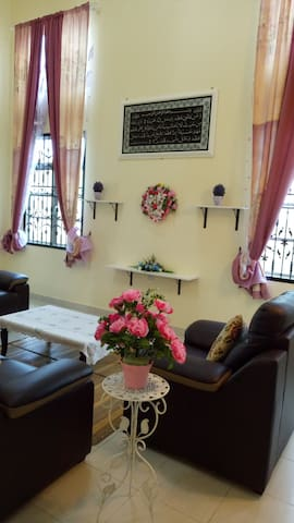 Gambang Kuantan Bungalow Homestay