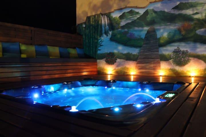 Les 3 Soleils Meublé 4* ♥ jacuzzi ♥ piscine sel