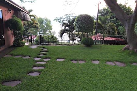 Mágico rincón en Coatepeque