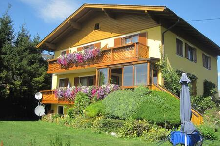 Haus Steiner - 20m2 Doppelzimmer mit Kochnische