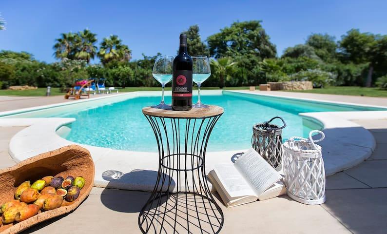Alghero Villa Serena con piscina e campo da tennis