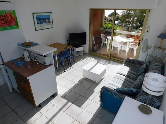 Studio cabine, 4 pers. piscine, plage à 50m.G3