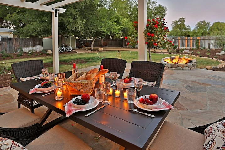 Wine Barrel Cottage - Graceful Charm and Fun in Los Olivos