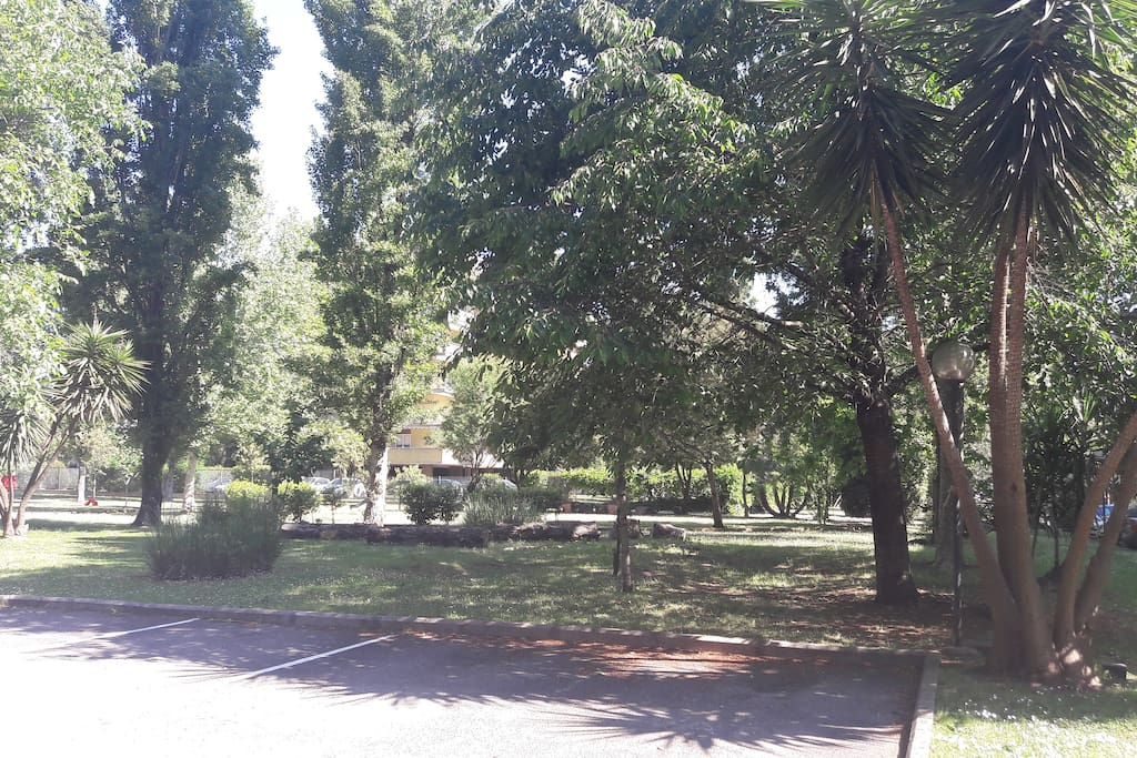 Parco all'interno del residence