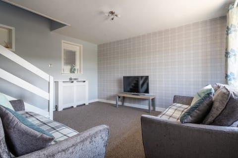 Entire House Stunning Views sleeps 6 - 3 Bedrooms