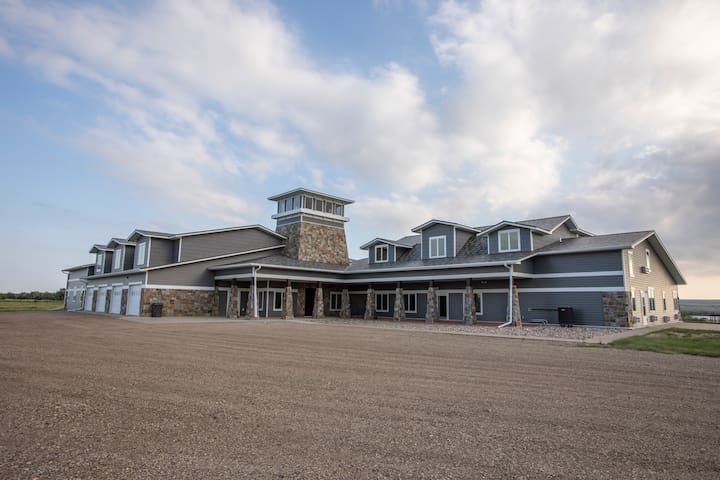 The Lodge at Medicine Creek Farms. Front view of the lodge.
