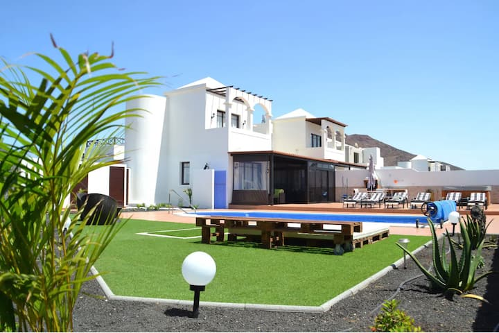 Villa Mabel with Mountain View, Wi-Fi, Garden, Pool, Jacuzzi & Terraces; Parking Available
