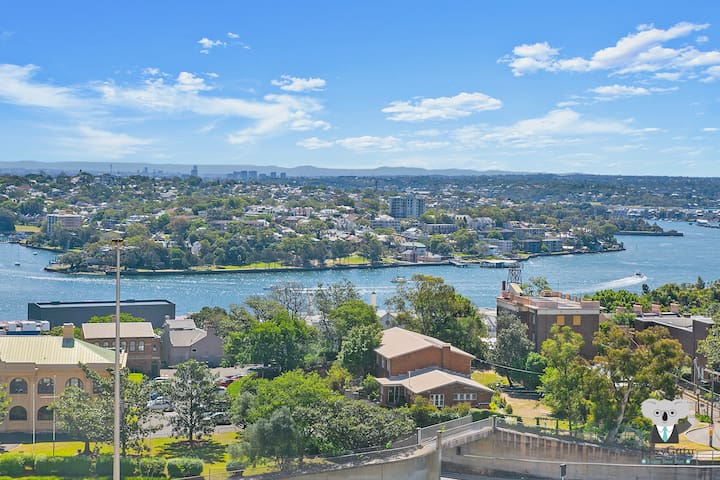 KOZYGURU | The Rocks | Harbour Bridge View | 1 BED APT | Swimming Pool | NTR098