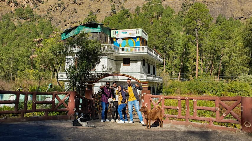 Destination Of Peace, Kasol | Private Bedrooms