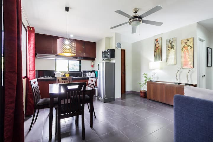 Vacation Apartment with Wifi/Netflix and Kitchen