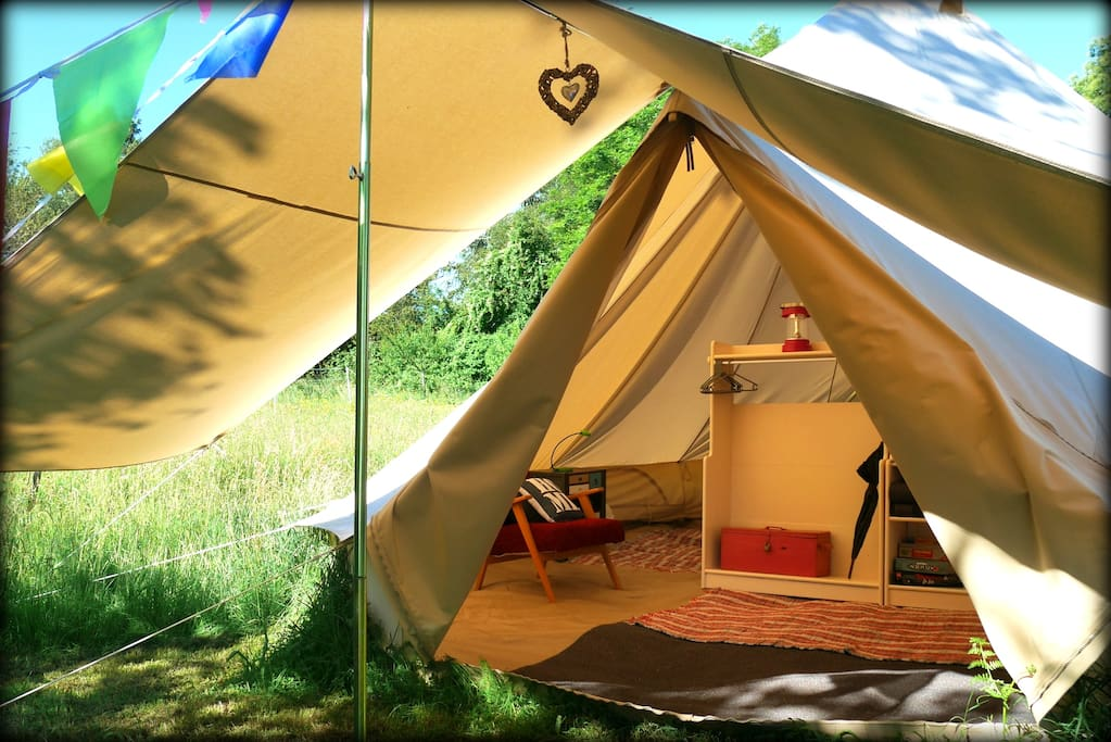 glamping jardin d 39 etoiles tent de luxe 28m2 tents for. Black Bedroom Furniture Sets. Home Design Ideas