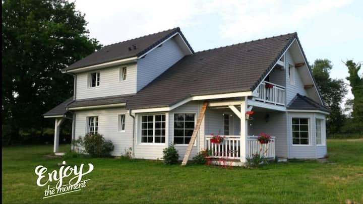 Joli appartement cosy dans cottage en bois