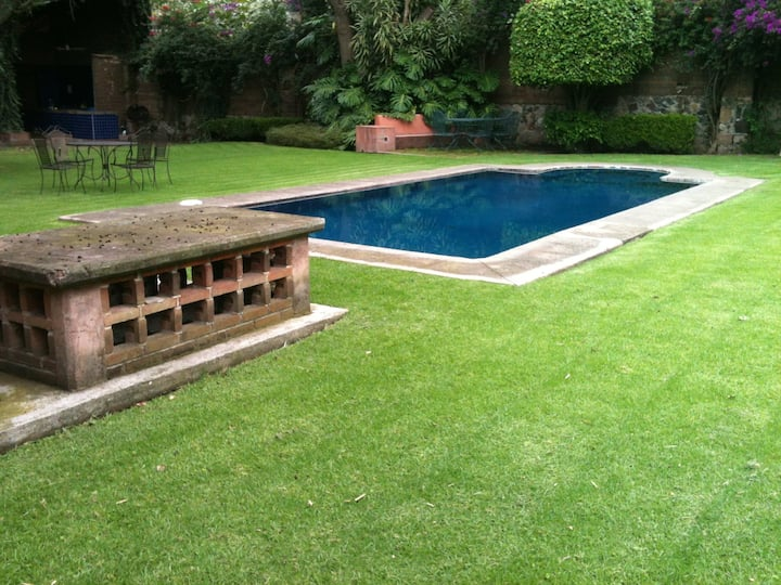Casa Privada y Grande con Alberca en  Malinalco