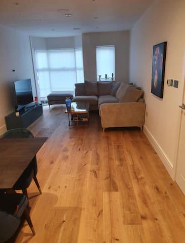 Brand new modern luxury 1 bedroom flat