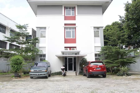 Boarding house near TIM - Menteng - Hostel