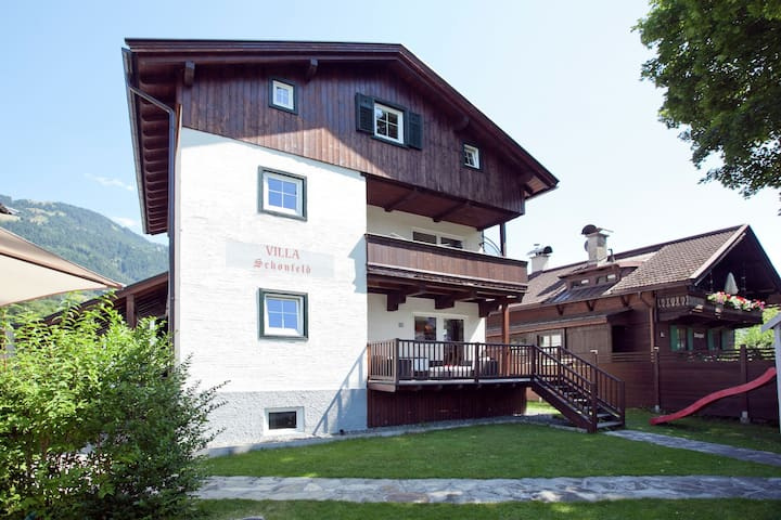Beautiful Detached Villa near Kitzbühel with roofed terrace