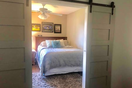 Cozy Bedroom in Heart of Roanoke, TX
