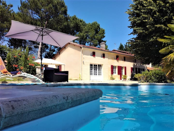 BED AND BREAKFAST 40m2 PISCINE  près de St EMILION