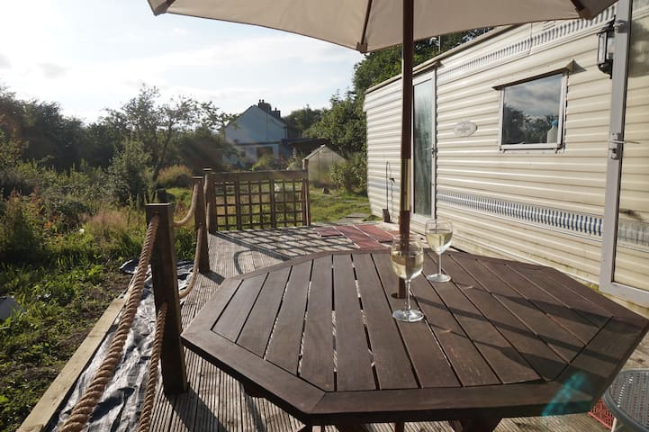 Cosy Static Caravan in Wildlife Garden near Gower