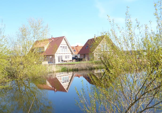 2 Wellness-Landhäuser 5***** Ostsee für 16 Pers.