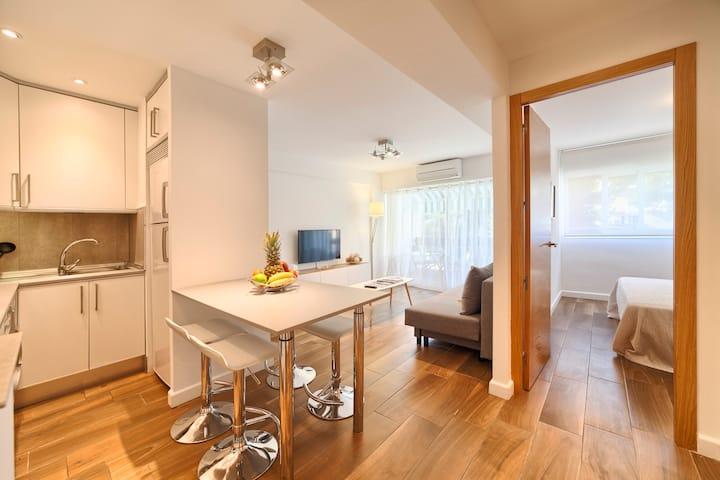 Fresh apartment unbeatable location
