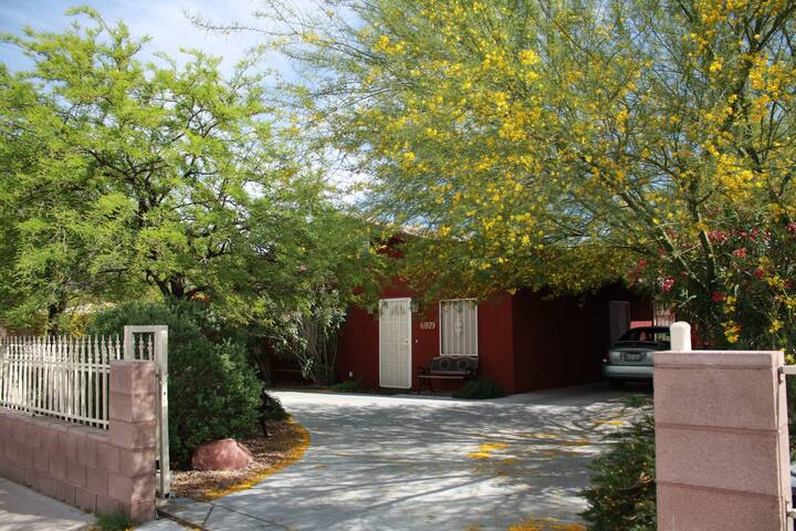 Jorge's Garden House - Las Vegas - House